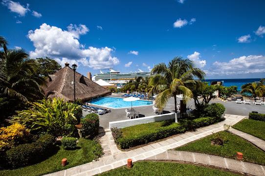 Casa Del Mar Cozumel Pool, Sugar Land Dive Center Dive Vacation